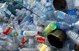 Le recyclage des bouteilles en plastique en plein essor à Oran