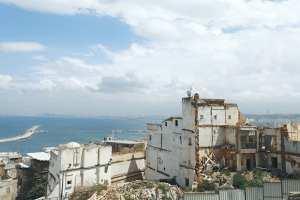 Alger - SES MAISONS S'ÉCROULENT SUCCESSIVEMENT: La Casbah se meurt dans le silence
