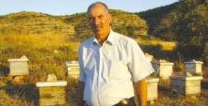 Constantine - Ahmed Lamour, 50 ans d'apiculture: Le miel et les abeilles, un fabuleux destin