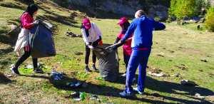 Algérie (Parc national du Djurdjura) - Les agences de voyages au secours de la nature: Grande campagne de nettoyage à Tikjda