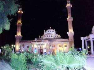 من بنى مسجد يبتغي به وجه الله