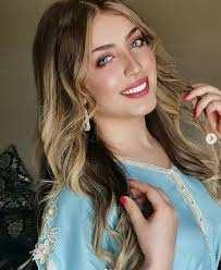 Souhila Ben Lachhab élue meilleure jeune chanteuse arabe !