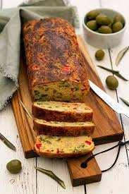 Cake salé aux olives et thon