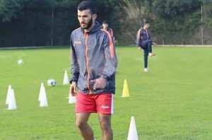 """Alger (Football) - AMIR SAYOUD, JOUEUR DU CRB: """"Jouer en Afrique du Sud ? Pourquoi pas !"""""""