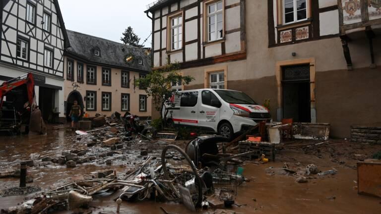 Planète - Le bilan des intempéries en Europe grimpe à plus de 126 morts