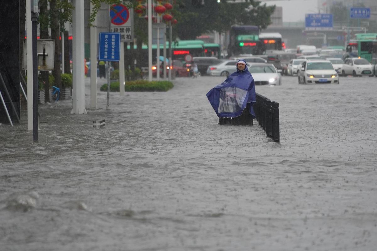 Planète (Chine/Asie) - Un barrage menace de s'effondrer en raison de pluies diluviennes