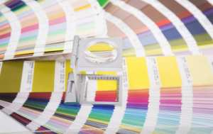 Definition and use of spot color printing and four-color printing