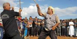 Ce jeu traditionnel est pratiqué pendant l'été El-matrag en voie de disparition à Chlef