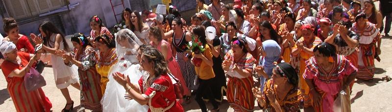 Tizi-Ouzou - Festival de la robe kabyle à Illoula (Wilaya de Tizi Ouzou)