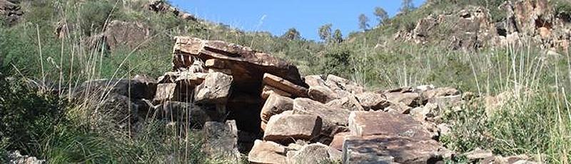 Tizi-Ouzou - Temples funéraires d'Ath Rhouna(Commune d'Azeffoun, Wilaya de Tizi Ouzou)
