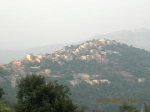 Vue sur le village de Selloum
