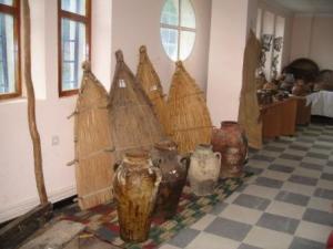 أدوات قديمة بالمكتبة العمومية لمدينة دراع قبيلة 30