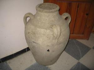 أدوات قديمة بالمكتبة العمومية لمدينة دراع قبيلة 31