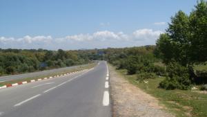 الطريق الرابط بين بلدية القالة و أم طبول