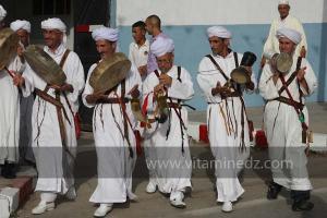 Festivités du cinquantenaire de l\'indépendance de l\'Algérie à Tlemcen, défilé, feux d\'artifices et fantasia au programme