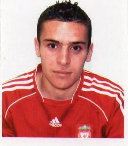 الملاكم الجزائري سمير براهيمي (-52 كلغ)