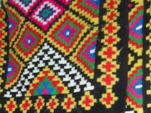 Artisanat à Tébessa - Le tapis nemmemcha s'effiloche