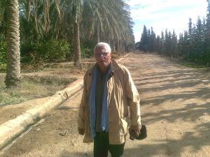 Hassan Bouaballah dans la pameraie luxueuse 'El-hAMRA