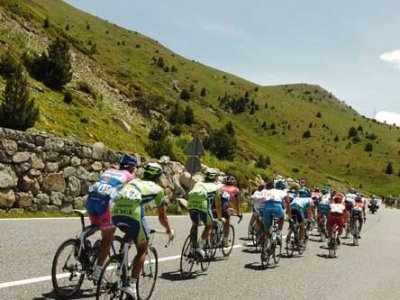 110646-cyclisme-le-tour-d-algerie-2013-en-point-de