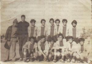 فريق لكرة القدم في السبعينات
