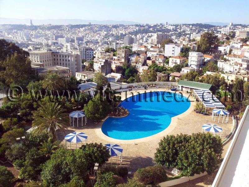 Piscine hotel el aurassi alger for Piscine algerie