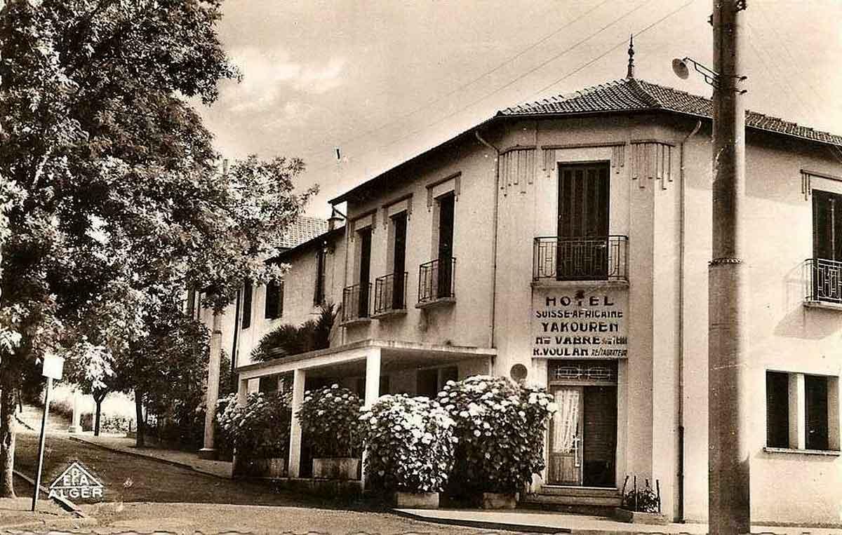 Hotel suisse yakouren for Carrelage monocouche tizi ouzou