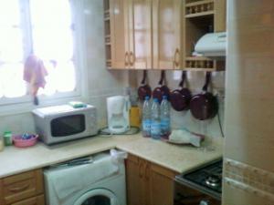 A vnedre trés bel appartement refait à neuf, centre ville ORAN