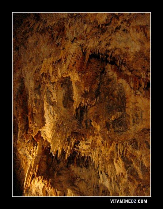 La grotte féerique d'Aokas.
