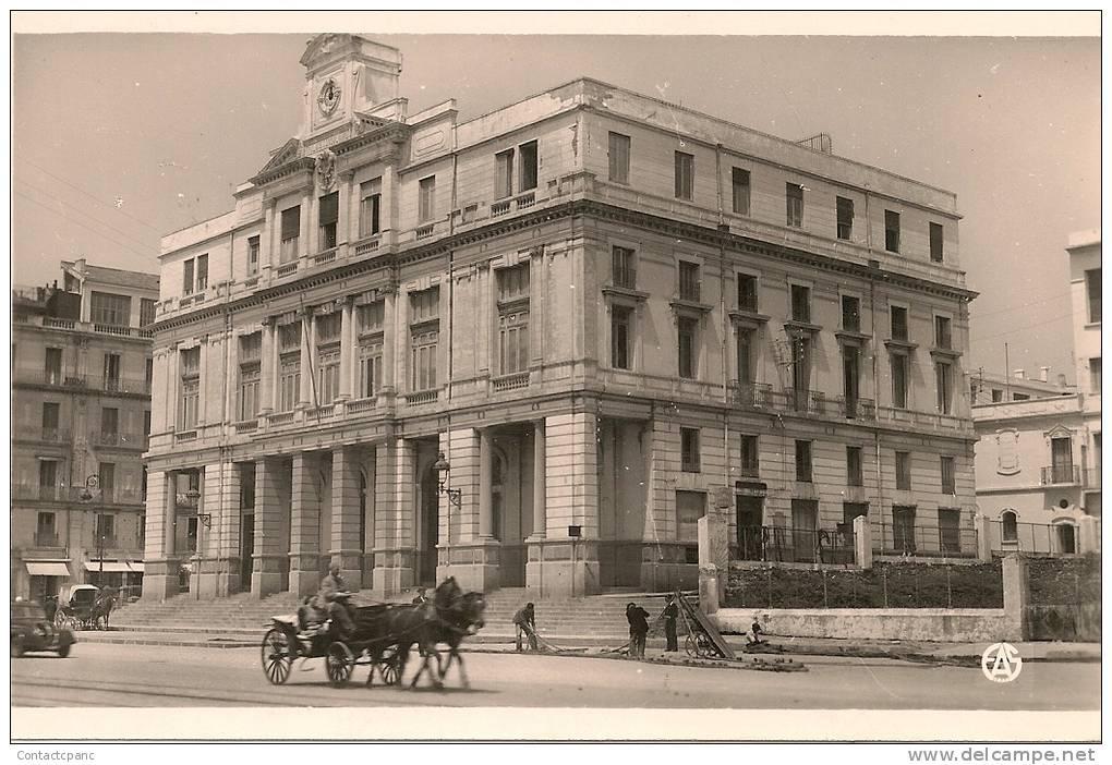 BONE ( Algérie ) - La Chambre de Commerce ( C.P.S.M. , Pt - Ft ) - La Chambre Des Commerces on