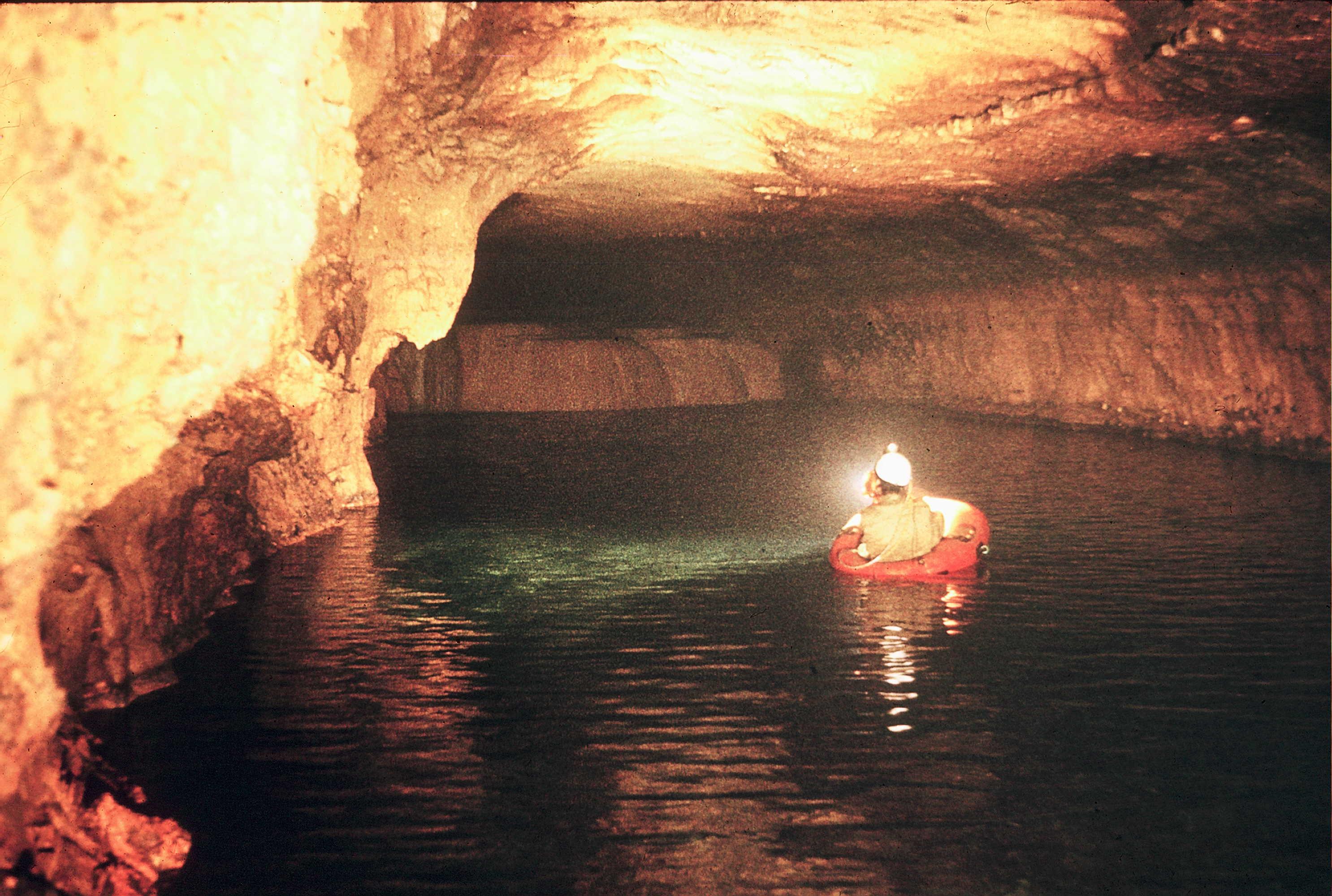 16157-grotte-tafna-1974.jpg