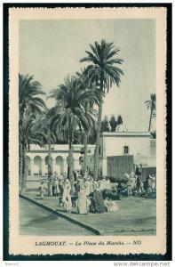 FW)15) Laghouat La Place du Marché
