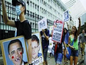 Plan�te - Apr�s l�affaire Snowden et l�escale forc�e du pr�sident Morales:  L�Am�rique latine fustige l�Europe �soumise� aux �tats-Unis