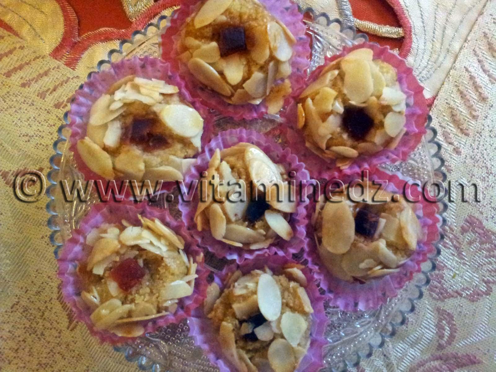 Mchawek ( Petit fours au amandes) – World Traditional Food