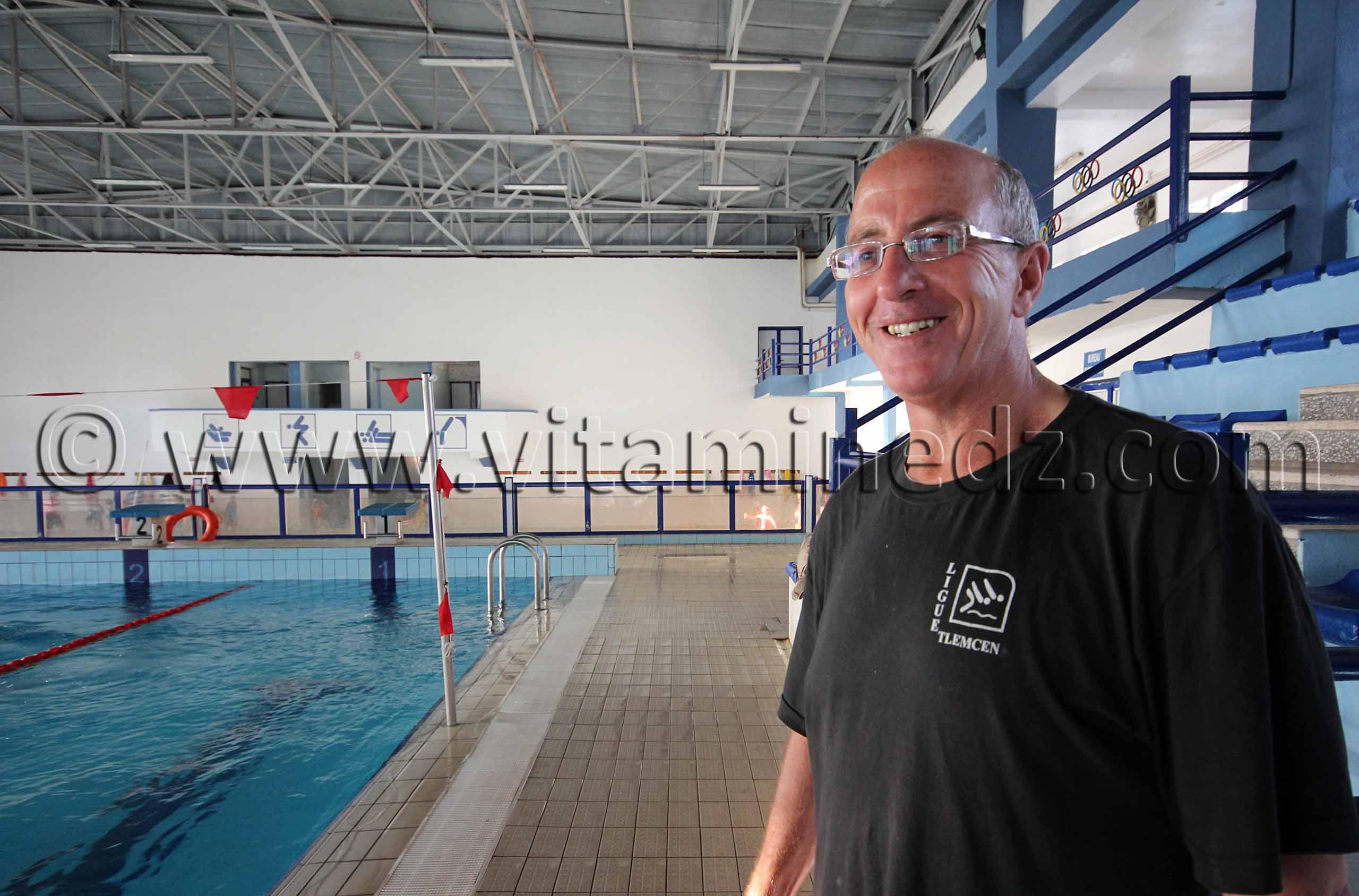 Tlemcen natation mr bendiouis fethi entraineur equipe de for Construction piscine tunisie