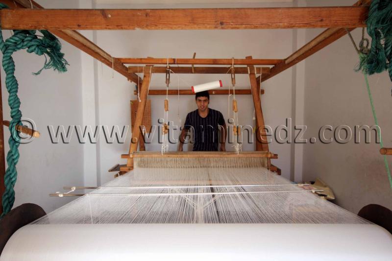 Jeune Tisserand Tlemcen - Centre d'artisanat de Bab Zir