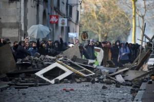 Plan�te - Nantes: Violences et forte mobilisation contre le projet d�a�roport de ND-des-Landes