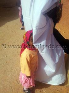 Petite fille Ksar Guentour - Commune Ouled Aissa (Adrar)