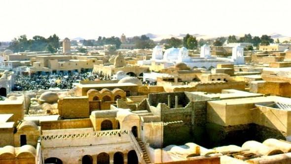 El-Oued - Ouverture de la 41�me �dition du festival de la ville aux mille coupoles
