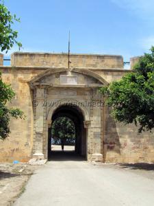 Porte du Rosalcazar ou chateau neuf - Ville d\'Oran