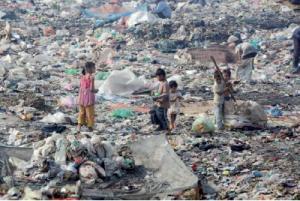 Ras El Oued (Bordj Bou Arréridj) - Des enfants vivent de la décharge publique