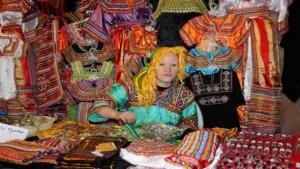 Tizi- Ouzou -  La robe Kabyle f�t�e aux Ouadhias