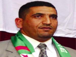 الجزائرالعاصمة: يباشر كريم طابو باعتصام امام المجلس الشعبي الوطني للاحتجاج على لاقفال حزبه