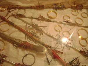 بعض من ادوات الزينة للمراءة والرجل التيندوفين