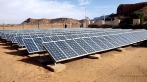 جلفة: توزيع 900 صفيحة شمسية قريبا في المناطق الريفية