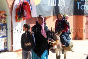 Une famille pauvre à Tamanrasset