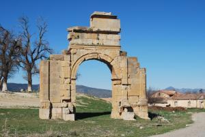 L'arc de triomphe de Markouna, un monument romain à Batna
