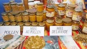 46 exposants � la foire du miel de M�d�a