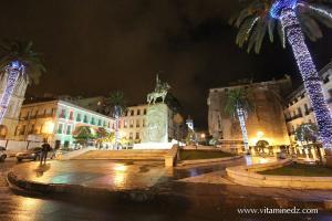 Photo Alger, La nuit, Place l\'Emir Abdelkader