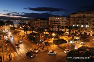 Photo Alger, La nuit, Avenue Pasteur, Photo depuis le Balcon de l\'H�tel Albert 1er