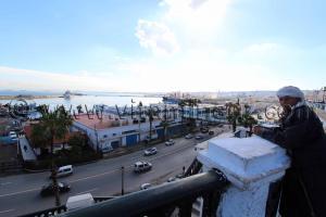 Alger, Port de la p�cherie, vue du Bd Che Guevara